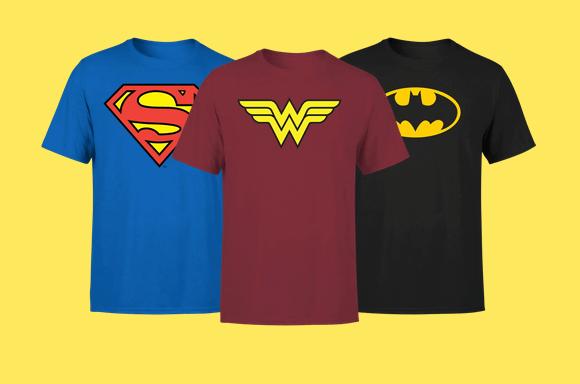 1 T-Shirt DC acquistata = 1 Mini Figura LEGO DC in omaggio