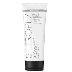 St. Tropez Gradual Tan Classic Lotion - Light/Medium (200 ml)