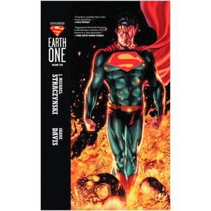 DC Comics - Superman Earth One Hard Cover Vol 02