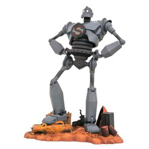 Diamond Select Iron Giant Gallery PVC Figure - Superman Iron Giant