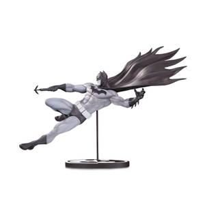 DC Collectibles DC Comics Batman Black and White Statue by Doug Mahnke