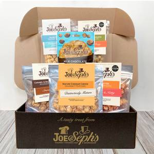 Joe & Seph's 'Movie Night In' Popcorn Gift Box