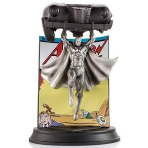 Royal Selangor DC Comics Action Comics #1 Edición limitada de la estatua de peltre de Superman - 800 piezas en todo el mundo
