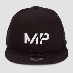 MP 뉴에라 9FIFTY 스냅백 - 블랙/화이트