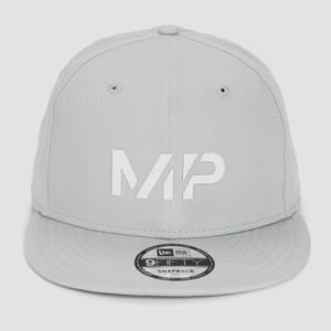 MP 뉴에라 9FIFTY 스냅백 - 크롬/화이트