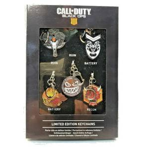 Call of Duty 5 Keyring Charms in a Presentation Box