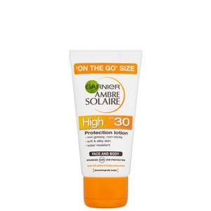 Garnier Ambre Solaire Ultra-Hydrating Sun Cream SPF 30 50ml Travel Size
