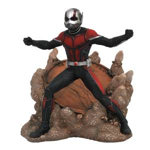 Diamond Select Marvel Gallery Ant-Man & The Wasp PVC Figure - Ant-Man
