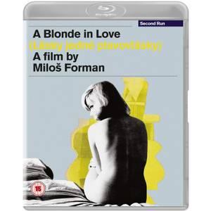 A Blonde In Love