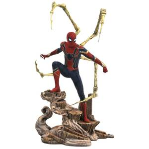 Diamond Select Marvel Gallery Avengers: Infinity War PVC Figure - Iron Spider-Man