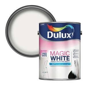 Dulux Pure Brilliant White - Magic Matt Emulsion Paint - 5L