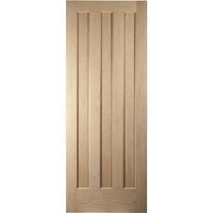 Aston 3 Panel White Oak Veneer Internal Door - 610mm Wide