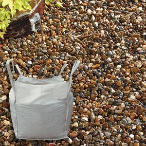 Stylish Stone Oyster Pearl Pebbles - Bulk Bag 750 g