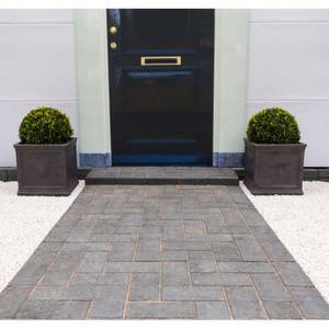 Stylish Stone Malvern Drive Paving - Charcoal