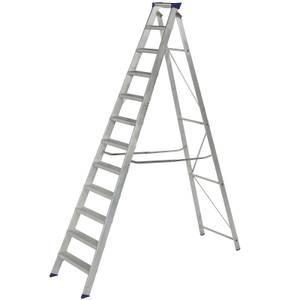 Werner MasterTrade Step Ladder - 12 Tread