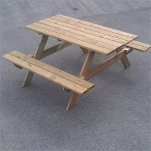 Pantheon Picnic Table