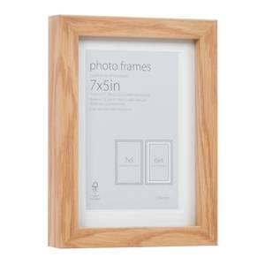 Photo Frame Oak 7 x 5 with 6 x 4 Mount Aperture