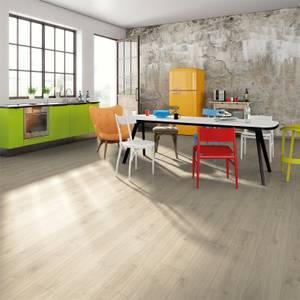 EGGER HOME Aqua+ Adelboden Oak 8mm Laminate Flooring