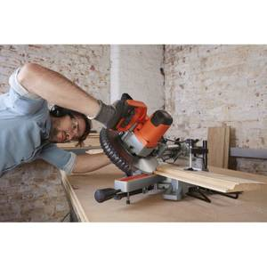BLACK+DECKER 216MM 1600W Corded Sliding Compound Mitre Saw (BES700-GB)