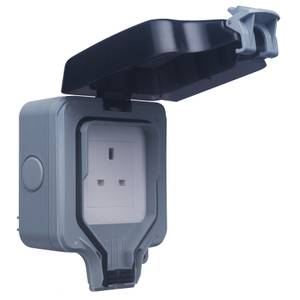 BG 13 Amp 1 Gang Unswitched Weatherproof Socket IP66 Rated Grey/Black
