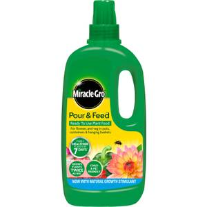 Miracle-Gro Pour & Feed Ready To Use Plant Food - 1L