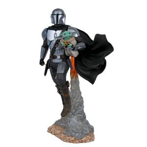 Gentle Giant Star Wars Milestones Statue - The Mandalorian & Grogu