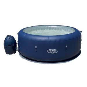 New York Lay-Z-Spa Airjet 4-6 Hot Tub (Plus FREE Cleaning Kit)