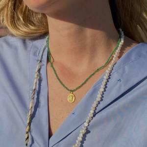 Hermina Athens Women's Ygeia Necklace - Emerald