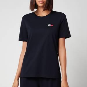 Tommy Hilfiger Women's Regular Motion Flag Crewneck T-Shirt - Desert Sky