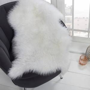 White Faux Fur Sheepskin Rug