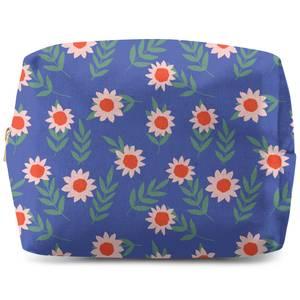 Large Daisy Wash Bag