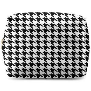 Monochrome Dogtooth Wash Bag