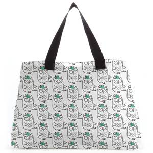 Sitting Owl Tote Bag