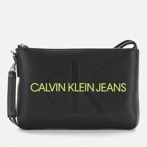 Calvin Klein Jeans Women's Sculpted Shoulder Pouch Mono - Black