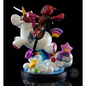 Quantum Mechanix Marvel Deadpool x Unicorn Figurine  Max Elite Diorama