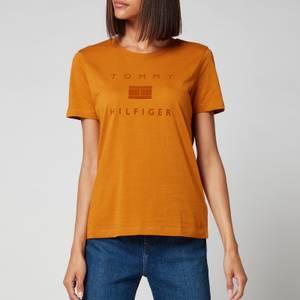 Tommy Hilfiger Women's Organic Cotton Regular T-Shirt - Crest Gold
