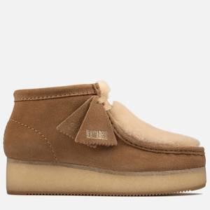 Clarks Originals Women's Wallabee Wedge Suede Boots - Light Tan