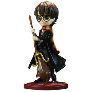 The Wizarding World Of Harry Potter Harry Potter Figurine