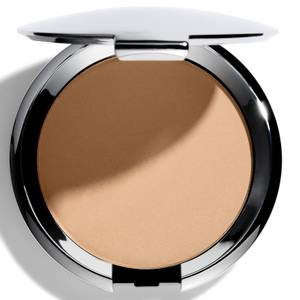 Fond de teint compact Chantecaille avec applicateur