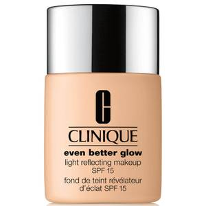 Clinique Even Better Glow™ Light Reflecting Makeup SPF15 30ml (Various Shades)