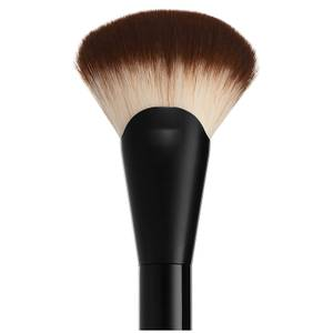 NYX Professional Makeup Pro Fan Brush