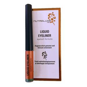 NutraluxeMD Liquid Eyeliner mit Eyelash Formula