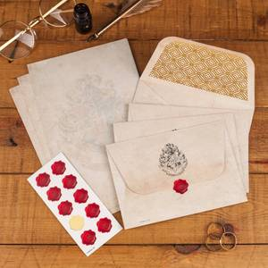 Harry Potter Hogwarts Letter Writing Set