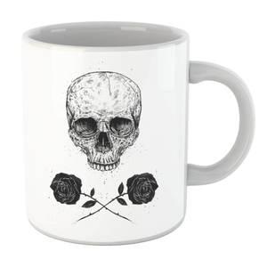 Balazs Solti Skull And Roses Mug