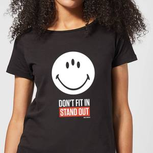 Smiley World Slogan Don't Fit In, Stand Out Women's T-Shirt - Black